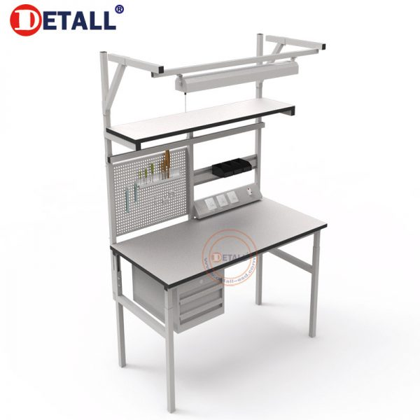 classical-workbench-with-socket